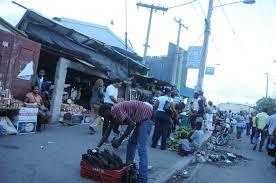 Desalojan buhoneros en avenida Hermanas Mirabal de Villa Mella