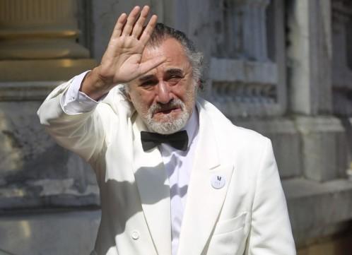 Un falso Robert de Niro sonriente revoluciona el Festival de Cine