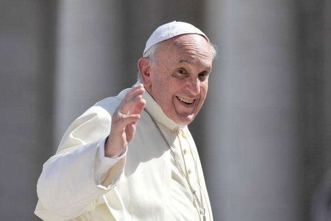 Venden por hasta mil dólares boletos para ver al Papa en Filadelfia