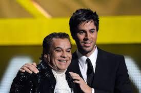 Enrique Iglesias y Juan Gabriel se unen a las fiestas mexicanas en EE.UU.