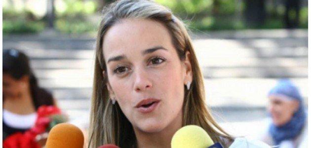 Kerry recibe en EE.UU. a la esposa del opositor venezolano Leopoldo López