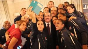 """""""Triunfo selección voleibol nos llena de orgullo"""" dice Presidente Medina"""