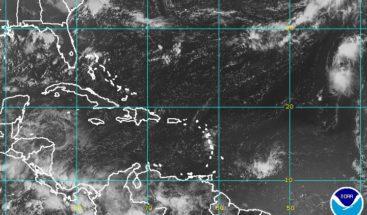 Onda tropical combinada con vaguada producirá lluvias en el país