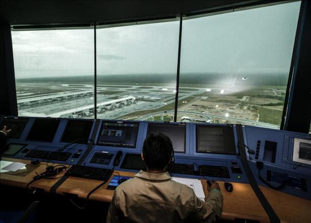 Rusia informa de que avión con 224 pasajeros desapareció de radares en Chipre