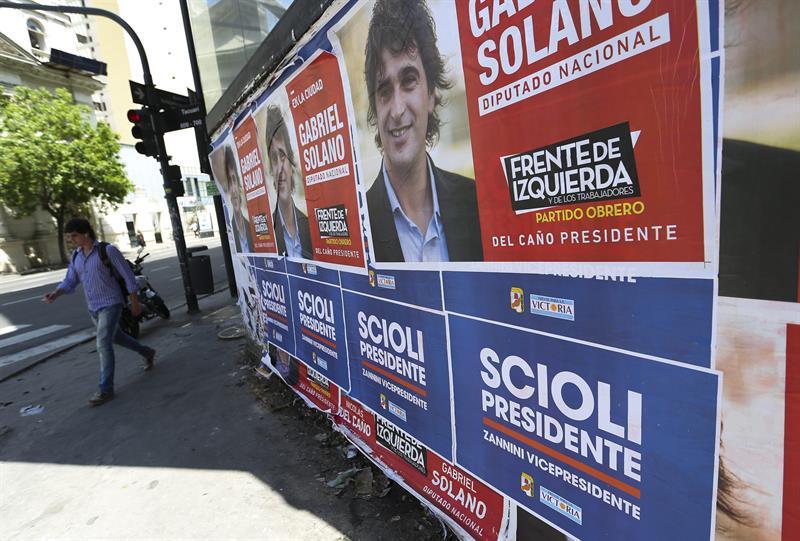 Comienza distribución de urnas y papeletas para elecciones argentinas