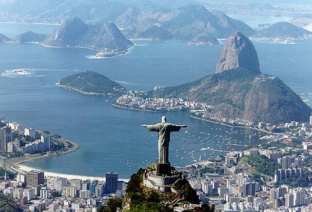 Los economistas prevén una contracción del 3 % este año en Brasil