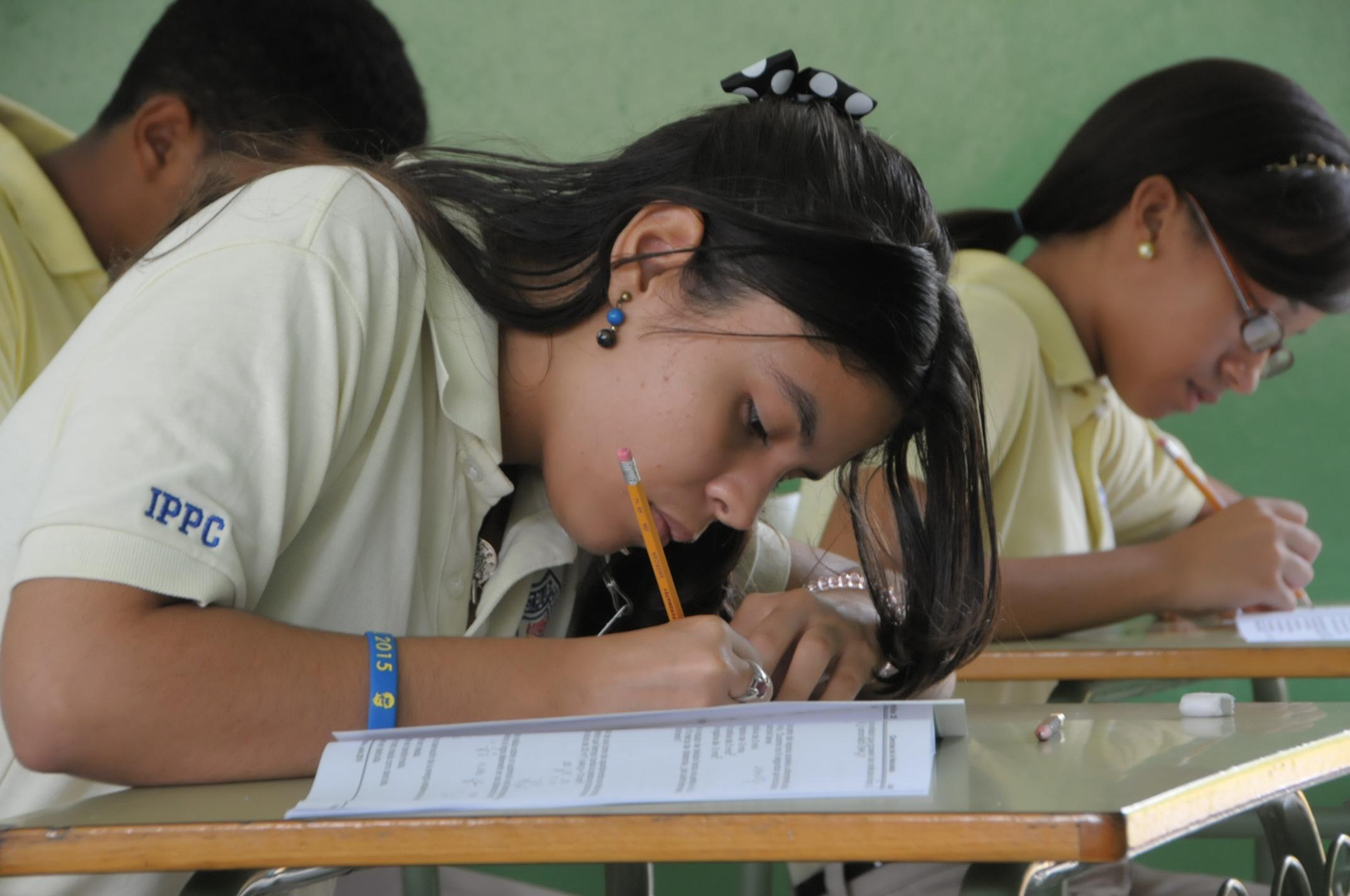 Educación llama a la Tercera Convocatoria de Pruebas Nacionales 2015 del nivel Medio