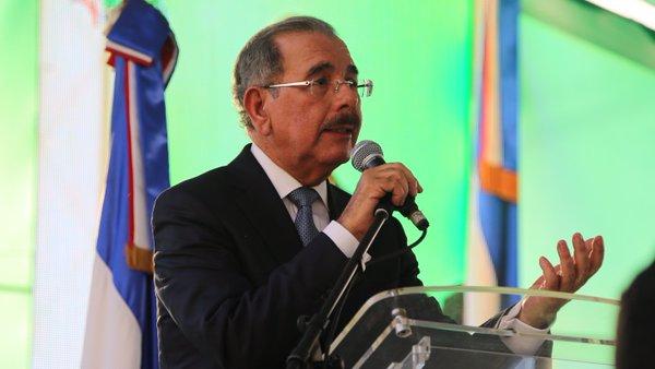 Medina promete construcción de circunvalación en SFM