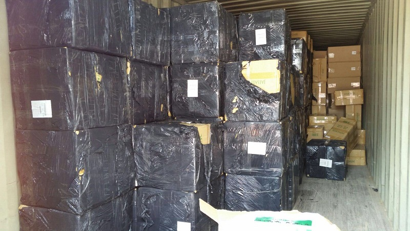 Autoridades decomisan cargamento millonario en empresa del Distrito Nacional