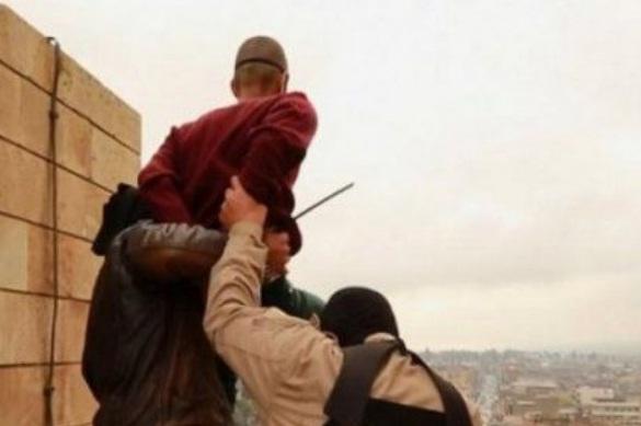 El Estado Islámico mata a 5 homosexuales lanzándolos desde lo alto de un edificio en Irak
