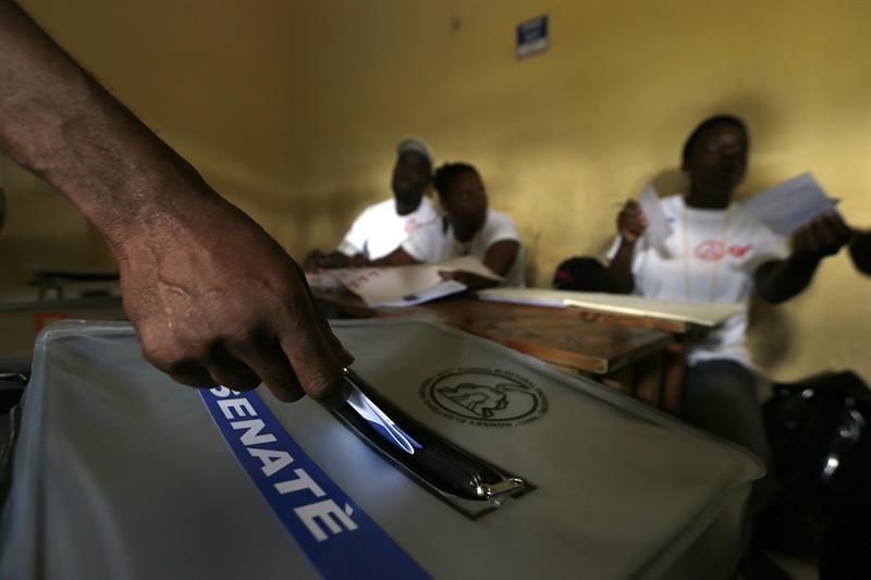 Autoridades haitianas y observadores, satisfechos con desarrollo elecciones