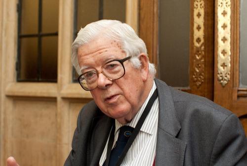 Muere a los 88 años el exministro conservador británico Geoffrey Howe