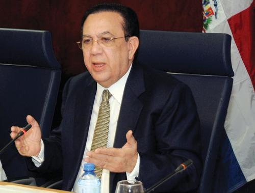 Gobernador Valdez Albizu participa en las reuniones de primavera del FMI y el BM