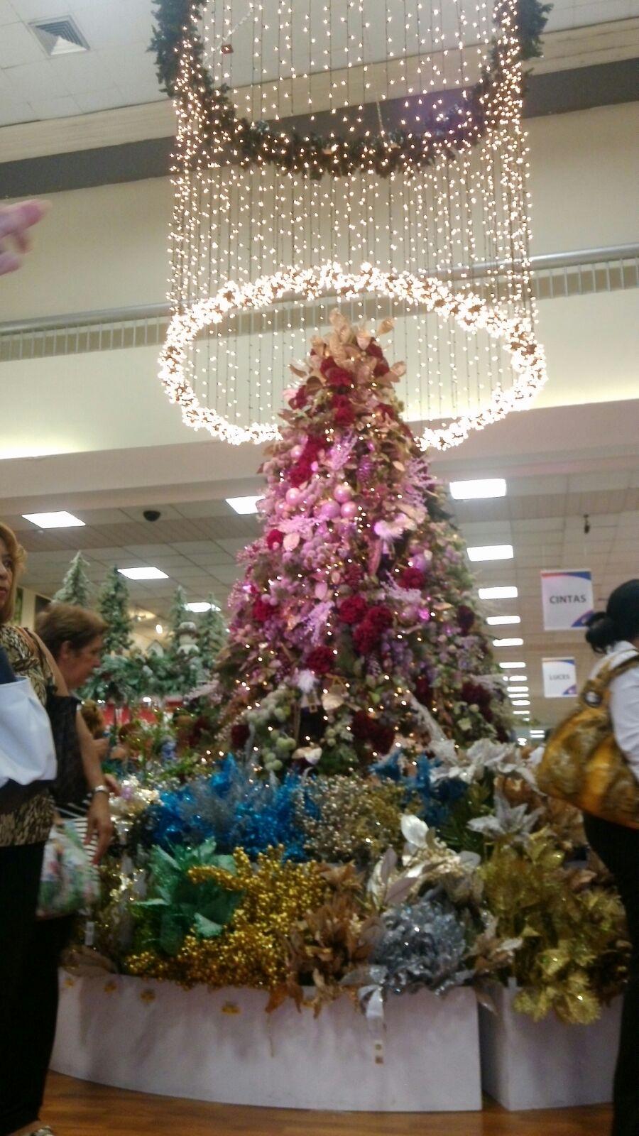 Ferretería Americana inicia la temporada navideña