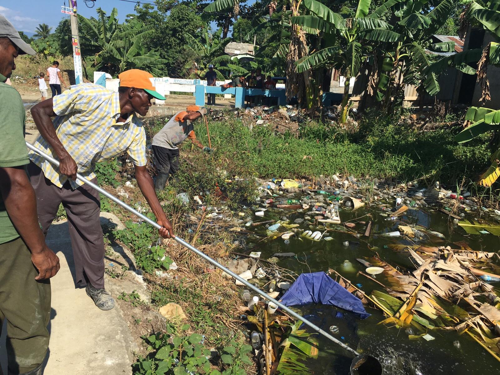 MS realiza operativo contra el Dengue en Los Alcarrizos