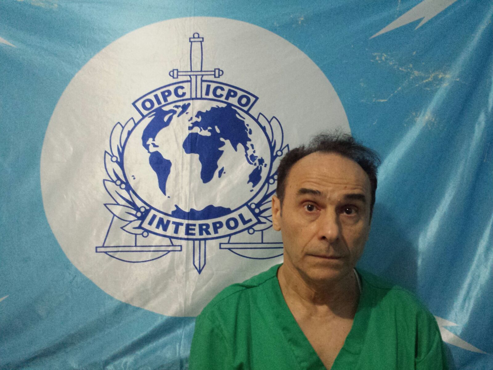 Apresan fisioterapista italiano acusado de abusar sexualmente pacientes
