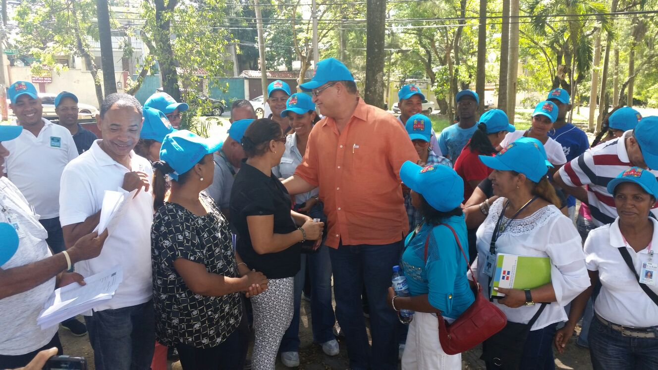 Más de 500 de la CAASD participan en jornada contra el dengue