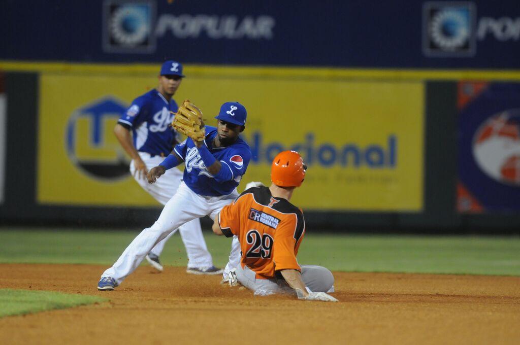 Toros vencen Tigres y marchan cuarto en béisbol dominicano