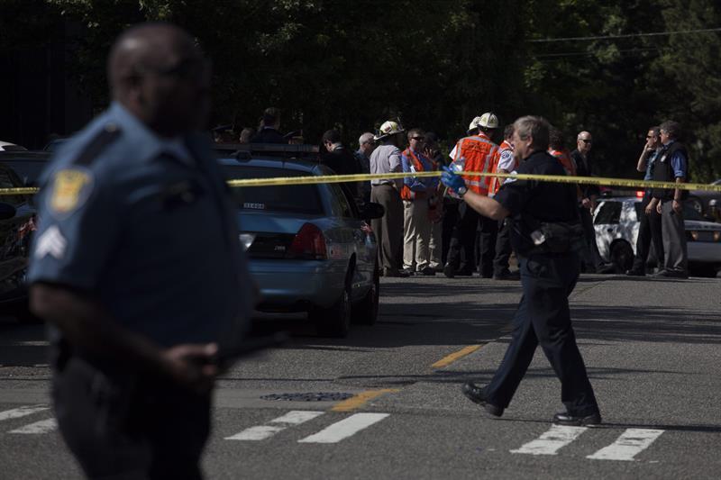Un muerto y dos heridos en un tiroteo en una universidad de EEUU