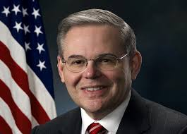 Juez EEUU confirma cargos de corrupción contra senador demócrata Menéndez