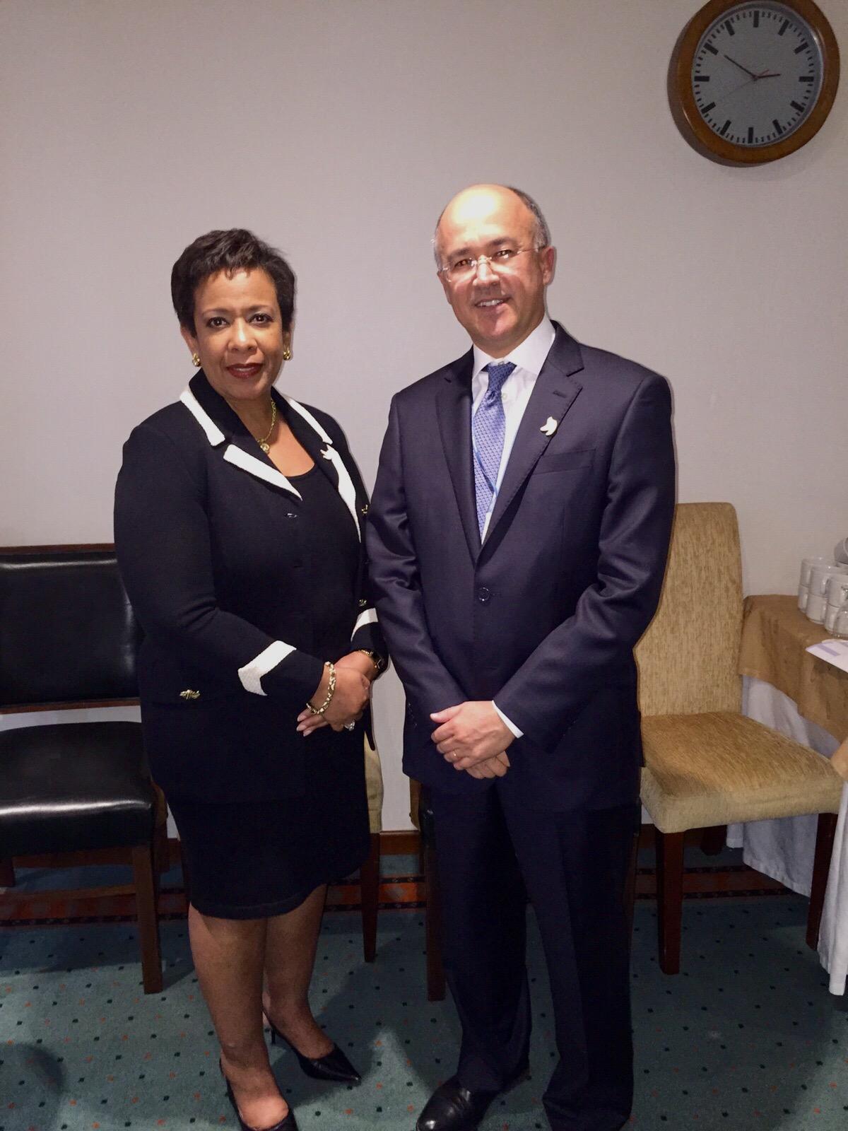 Domínguez Brito se reúne con Fiscal General de EEUU en Colombia