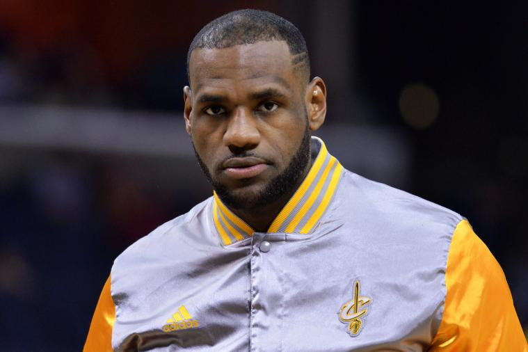 Siguen los problemas con los Cavaliers,  LeBron James tuvo que ser inyectado