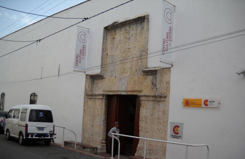 Autores presentarán libros en el Centro Cultural de España