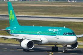 Un pasajero de avión muerde a otro y muere al poco tiempo
