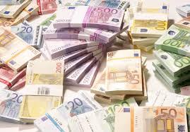Bancos griegos necesitarán hasta 14.400 millones de euros de recapitalización