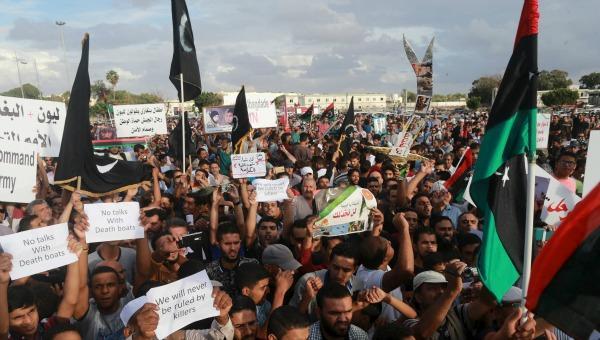 Seis muertos por impacto de cohete en protesta contra la ONU en Bengasi