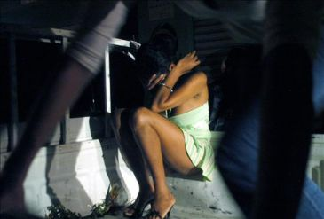 Hallan mujeres dominicanas desnudas y amarradas en prostíbulo de Trinidad y Tobago