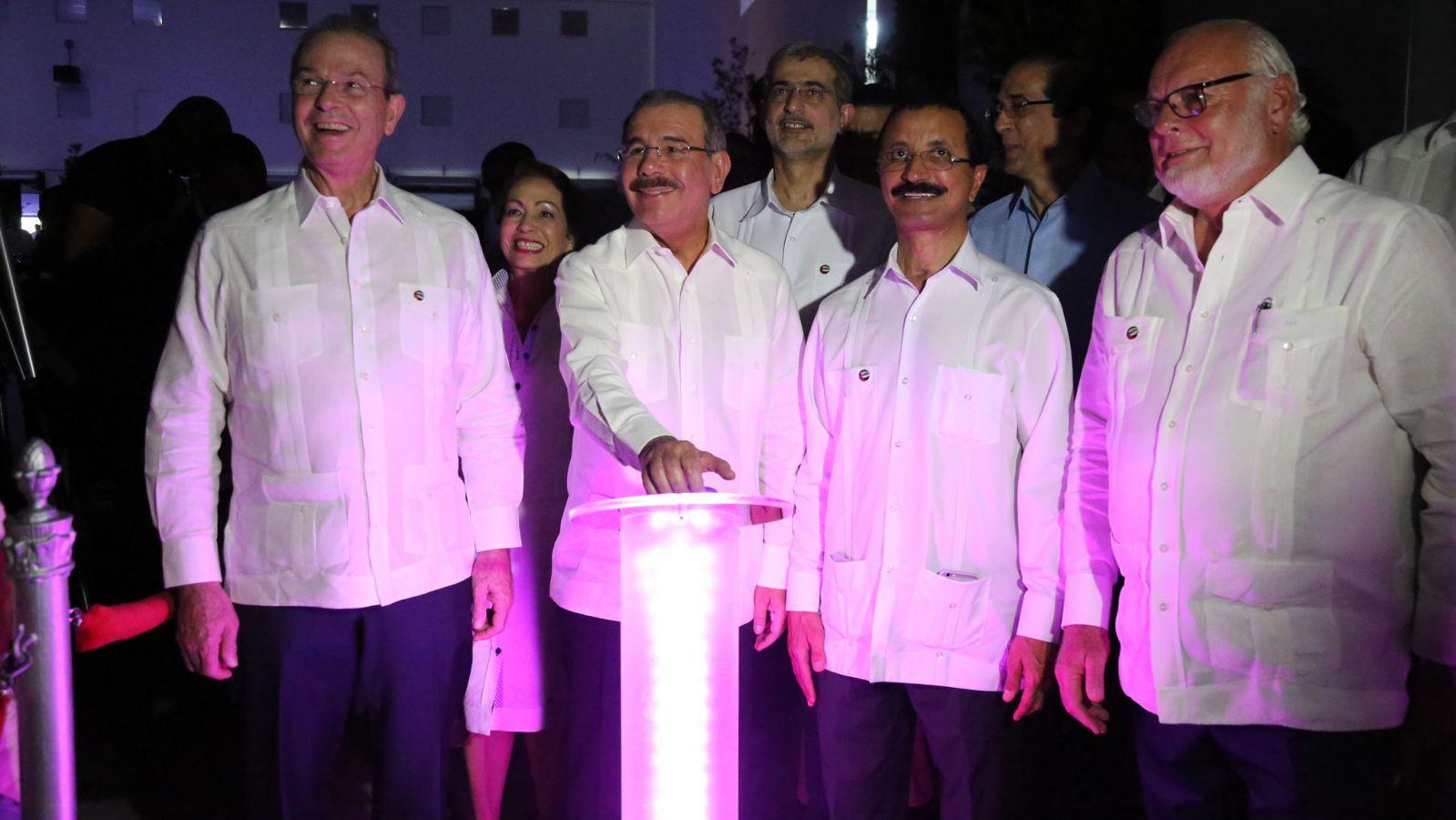 Danilo Medina inaugura Centro Logístico Caucedo