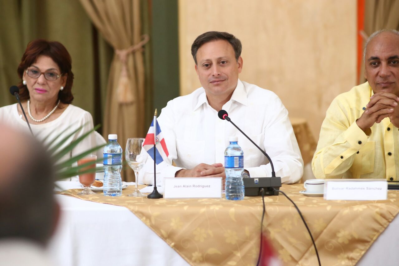 Procurador RD se reúne con fiscal general de Cuba para fortalecer cooperación en combate del crimen