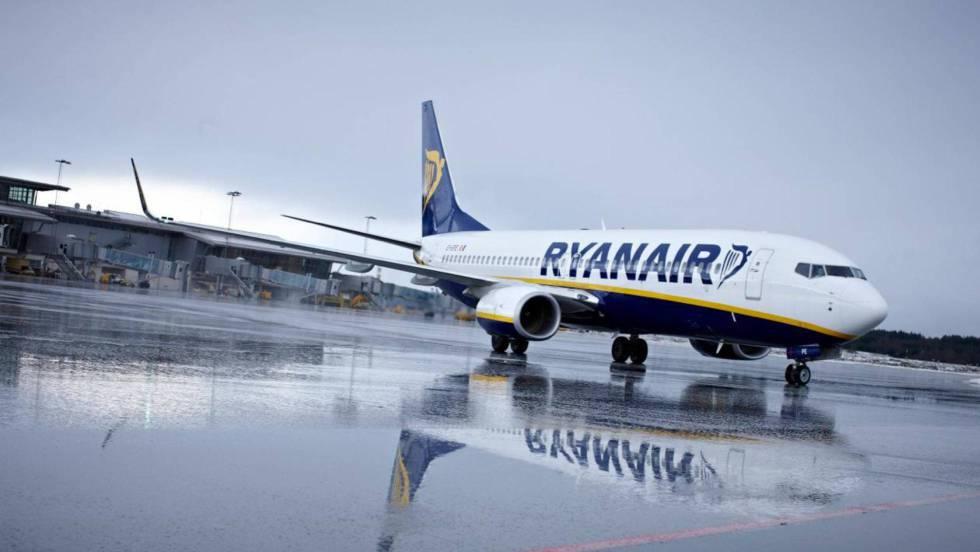 Ryanair cancelará 50 vuelos diarios para mejorar la puntualidad