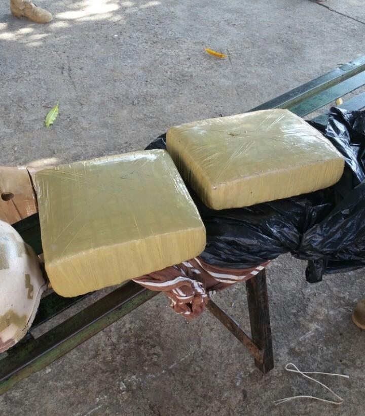 Apresan ciudadano haitiano con vegetal se presume es marihuana en Dajabón