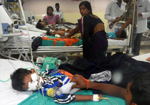 Investigan la muerte de casi medio centenar de niños en un hospital en India