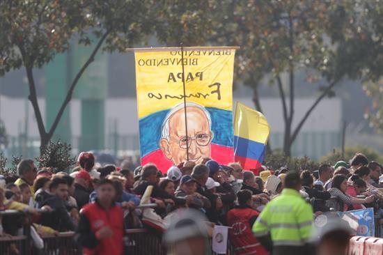 El papa Francisco llega a Colombia