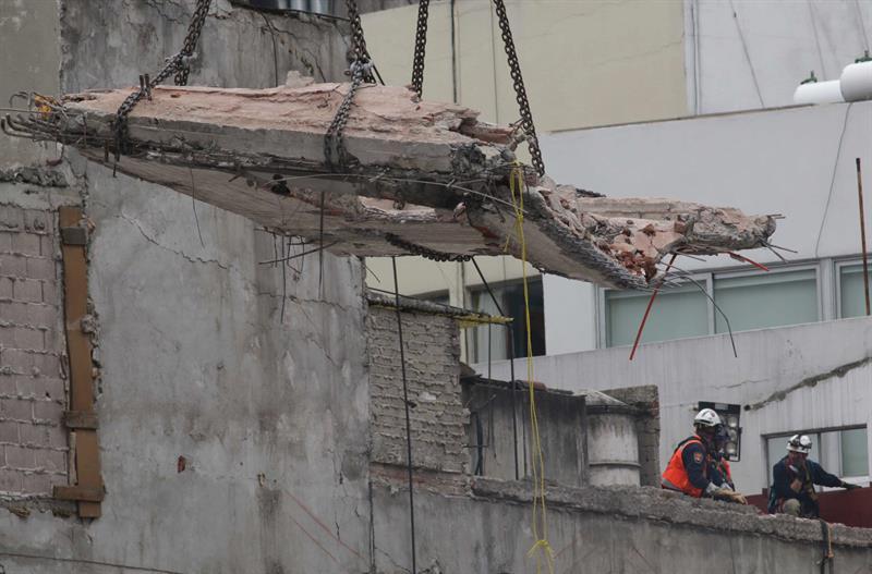 La cifra de fallecidos sube a 358 diez días después del terremoto en México