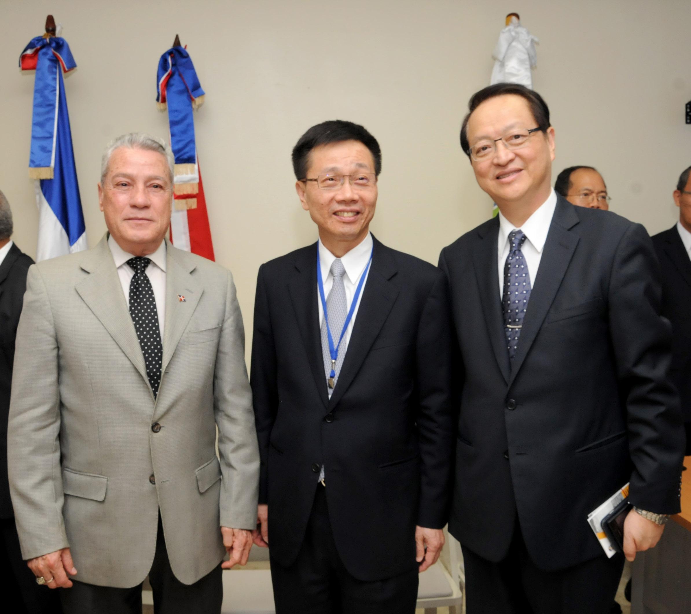 MICM aborda con empresarios de Taiwán posibles inversiones en RD