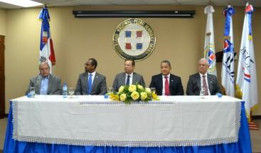 UNPHU y ASCA lanzan diplomado superior en gestión Aeronáutica