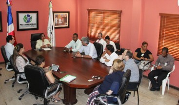 Convocan mesa de trabajo con comerciantes de alimentos para abordar el problema de las plagas