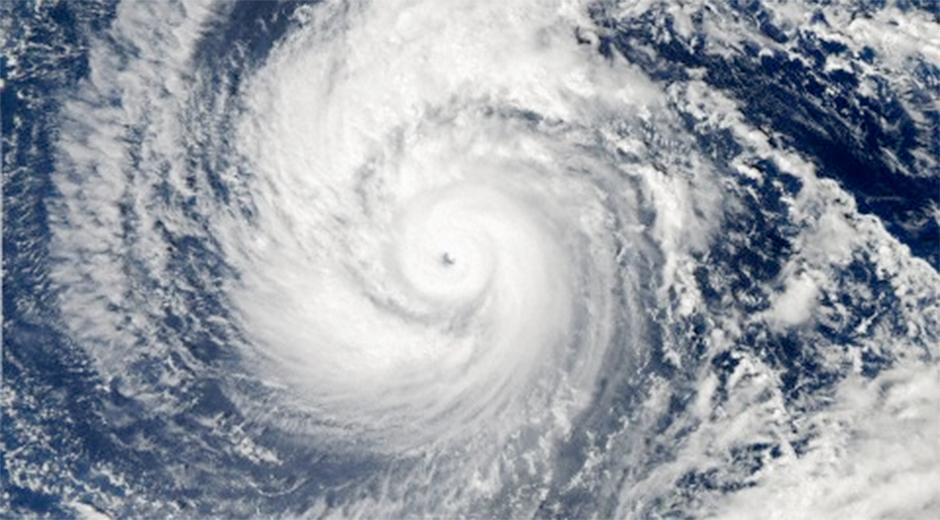 Huracán María se aleja de manera gradual de Bahamas y de zonas pobladas