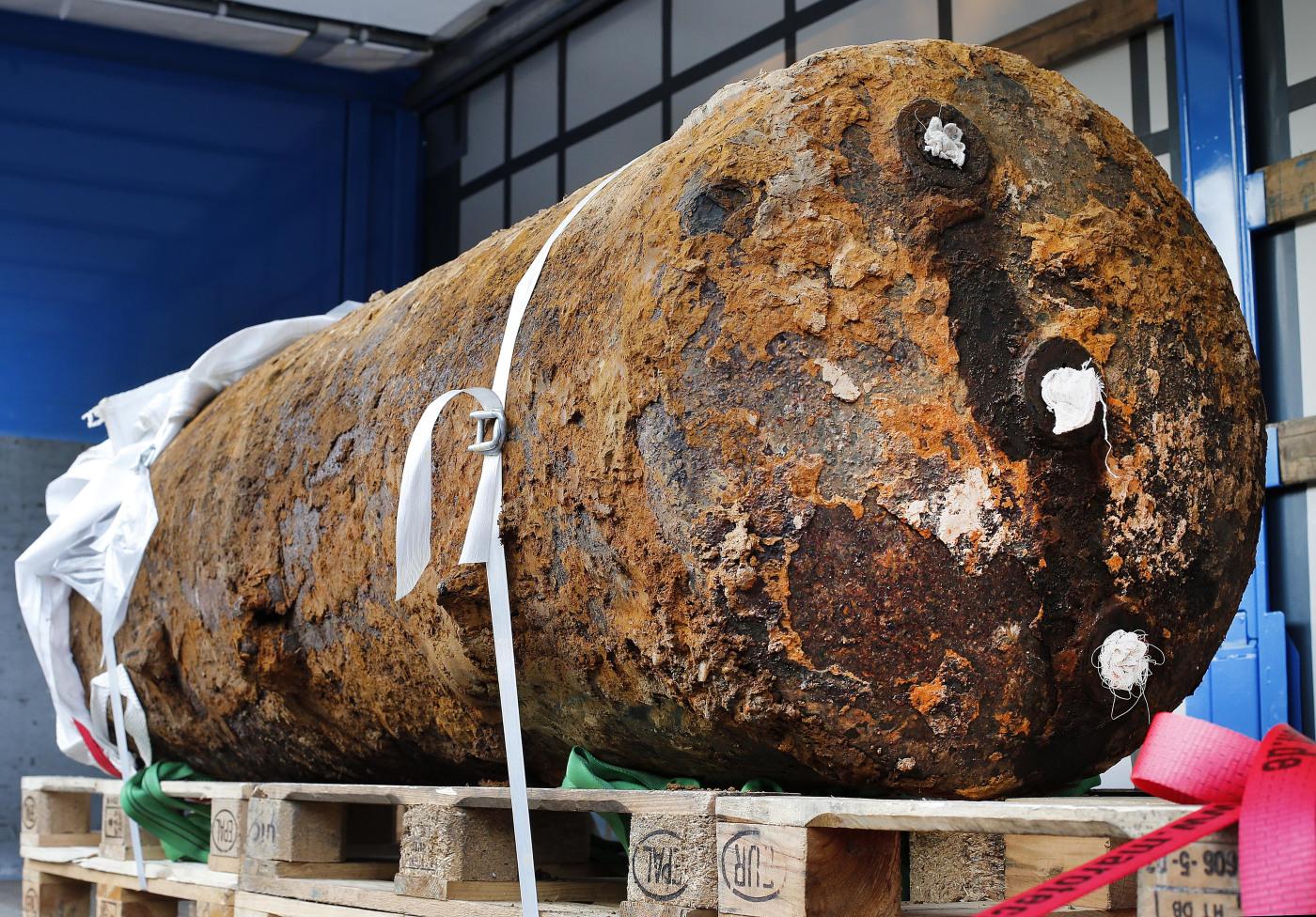 Desactivan bomba de la II Guerra Mundial que amenazaba el centro de Fráncfort