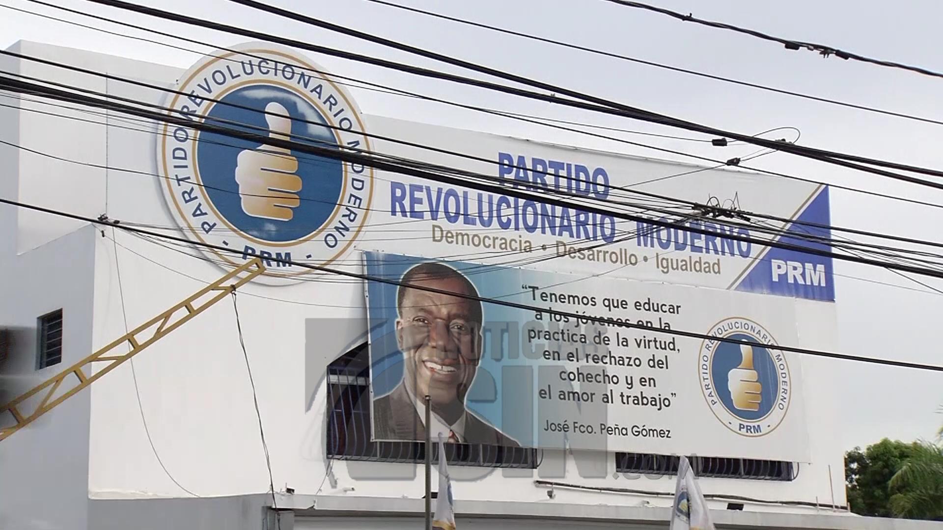 Dirigentes del PRD dicen estar de acuerdo con decisión del TSE de prohibir la doble militancia