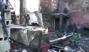 Fuego destruye al menos 12 establecimientos comerciales en La Vega