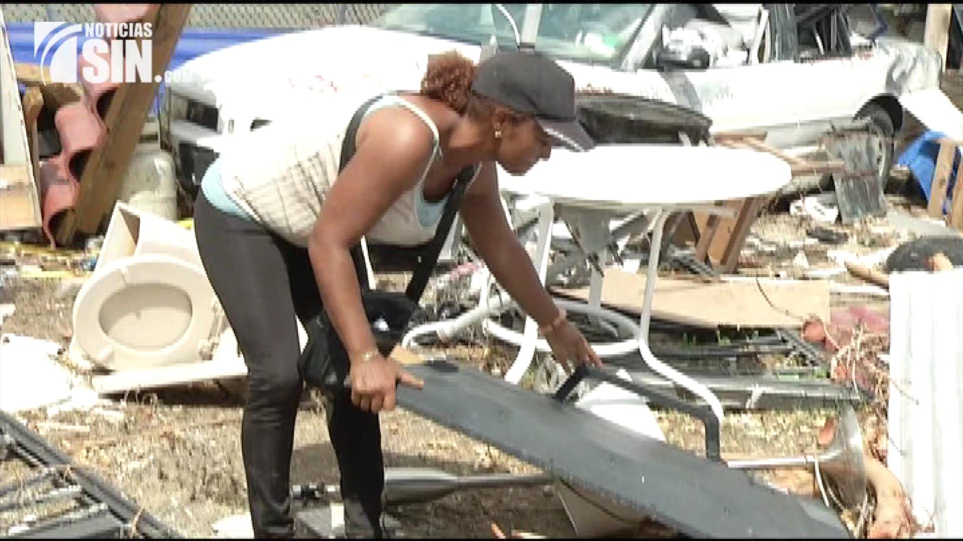 Aumenta desesperación de dominicanos en St. Maarten que lo perdieron todo tras el paso de Irma