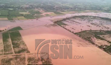 Presidente Medina realiza recorrido por zonas afectadas por huracán María