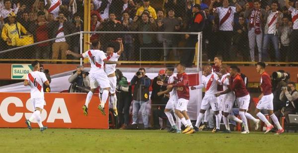 Perú vuelve a la lucha por cupo en el Mundial y queda a dos de Argentina