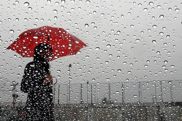 Se esperan aguaceros y tormentas eléctricas para esta tarde, según Onamet