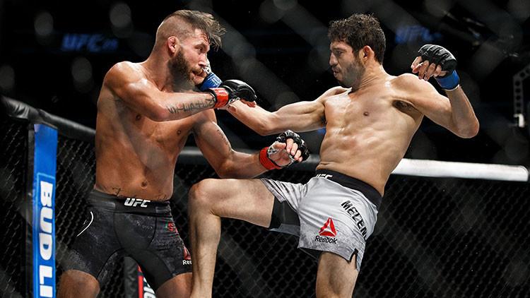Un luchador de la UFC acaba con una pierna destrozada tras combate